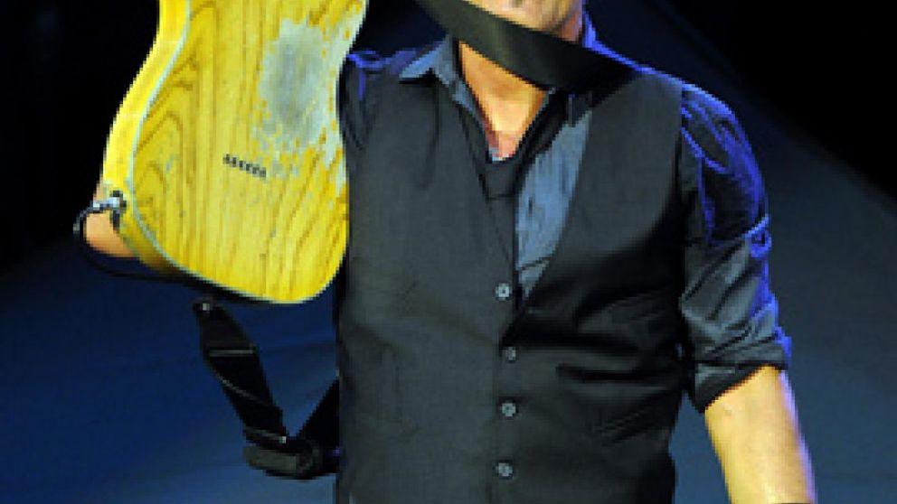 La peculiar apuesta de Springsteen, Neil Young y Beyoncé contra la pobreza