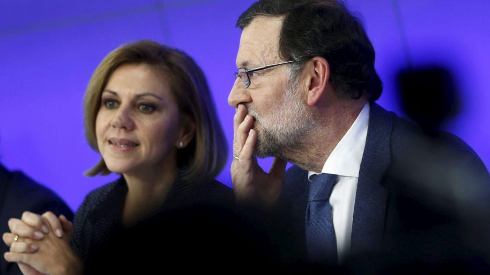 Cospedal se reactiva como escudera de Rajoy para que siga como candidato