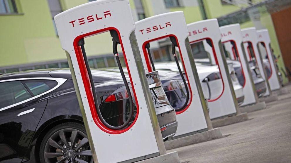 Conducir un Tesla en 2017 será más caro: tendrás que pagar por recargarlo