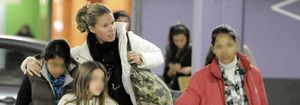 Foto: Anne Igartiburu adopta a su segunda hija, un niña vietnamita