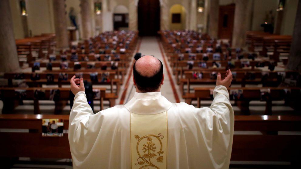 Guantes, desinfectante y sin la paz: así serán las misas en tiempos de coronavirus en Italia