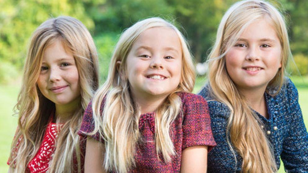 Amalia de Holanda posa con sus hermanas para celebrar su 11 cumpleaños