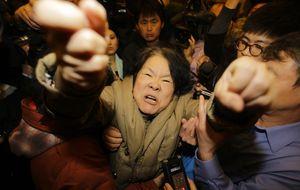 """Familiares de las víctimas del vuelo MH370:  """"¡Queremos la verdad!"""""""