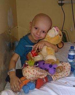 Foto: 100.000 euros para salvar la sonrisa de Álex