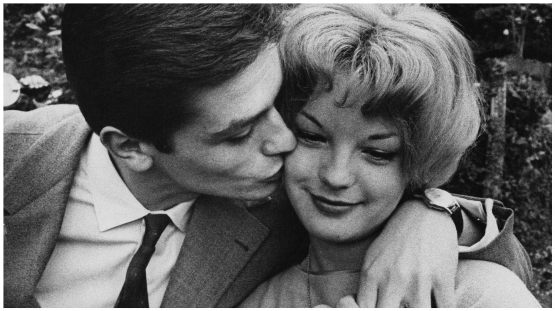 La pareja de actores, en el lago Lugano al anunciar su compromiso. (Getty)