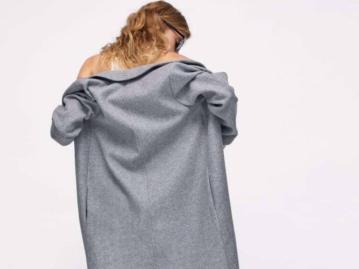 Foto: El abrigo gris de Zara. (Cortesía)