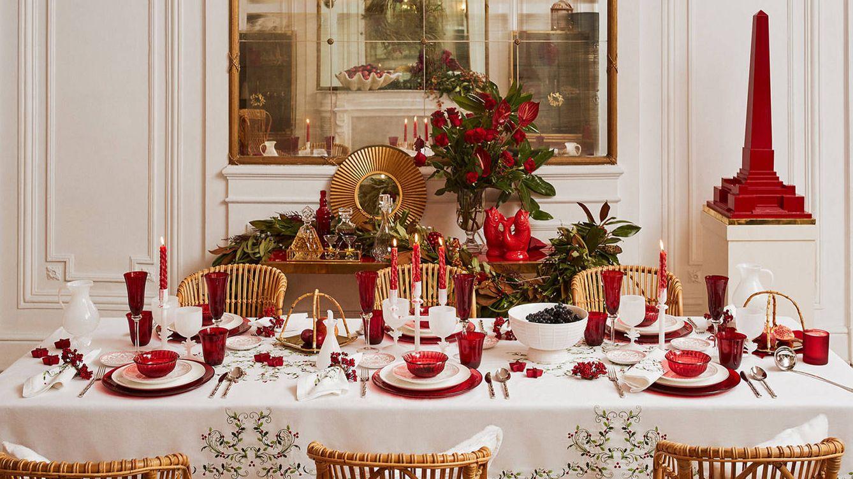 decorar tu mesa de navidad blancos dorados y rojos