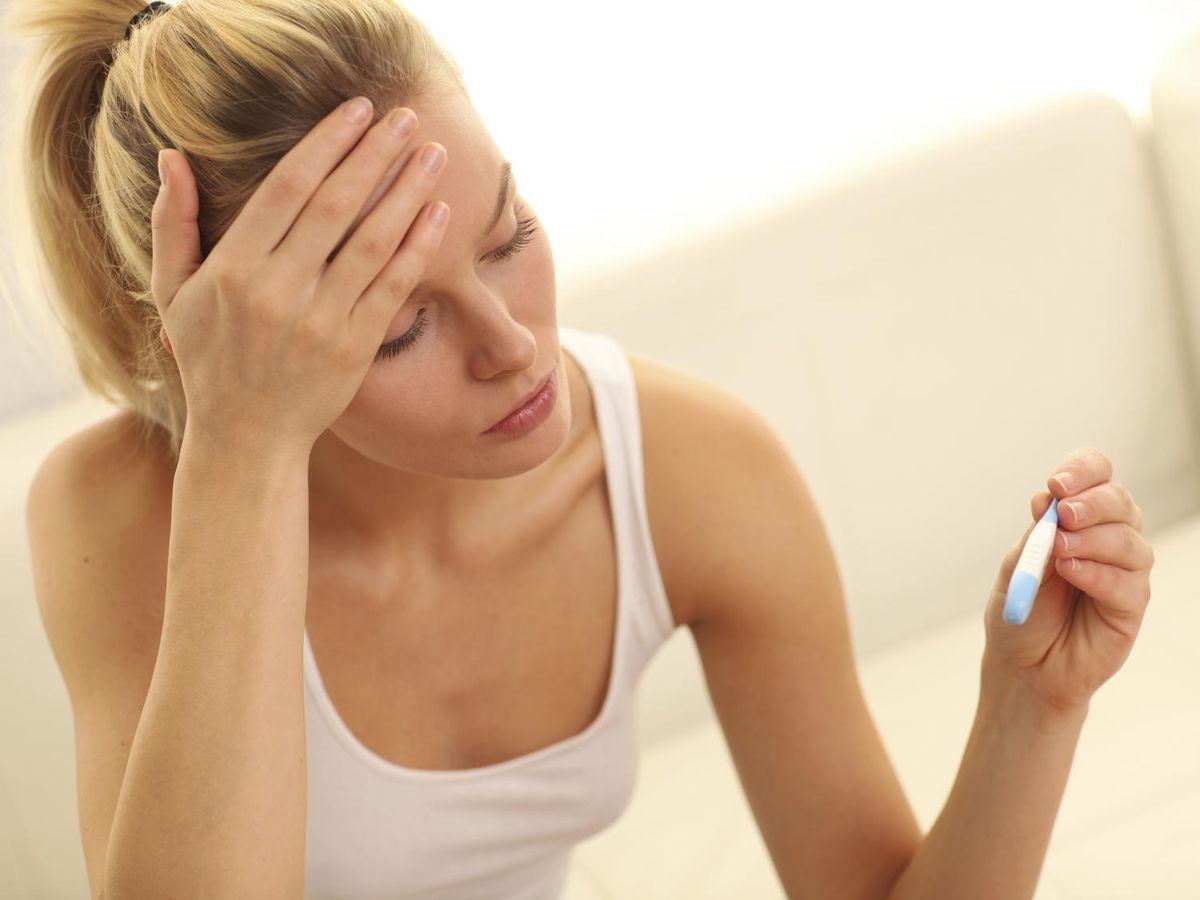 Foto: La fiebre puede ser el primer indicativo de que está pasando algo grave. (iStock)