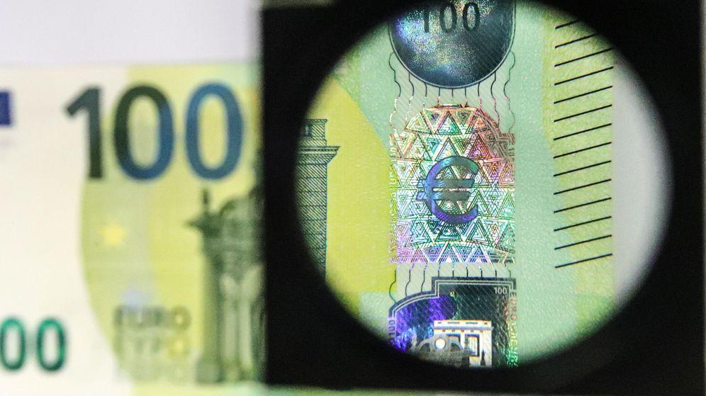 Foto: Los nuevos billetes de 100 y 200 euros entrarán en circulación el 28 de mayo de 2019. (EFE)