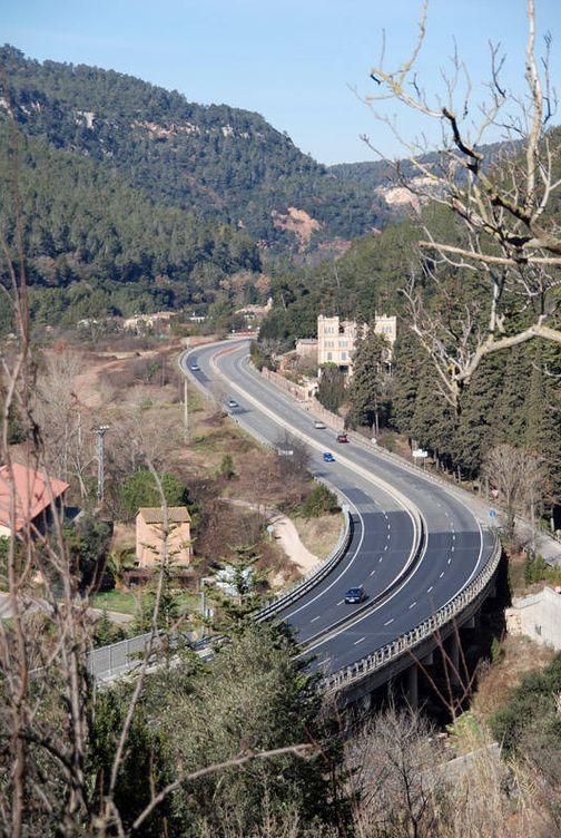 Foto: Autovía C-17 a la altura de Figaró. (Delatorre, vía Wikipedia)