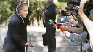 El abogado de la Infanta y el exjuez Gómez Bermúdez irrumpen en el caso Gumpert