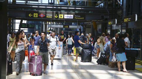 Los sindicatos de AENA convocan 25 días de huelga en todos los aeropuertos de España