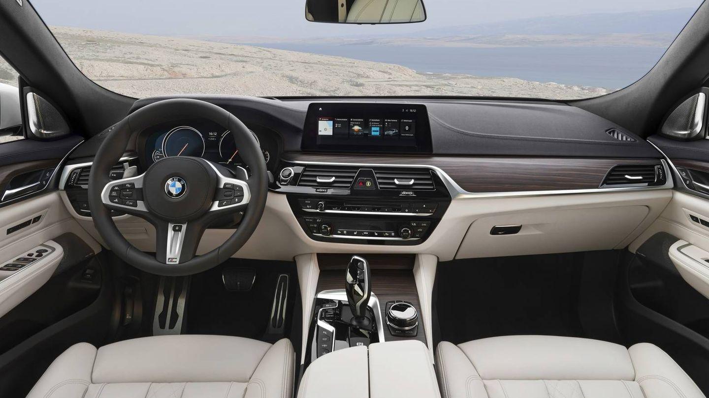 Interior del BMW 640i GT.