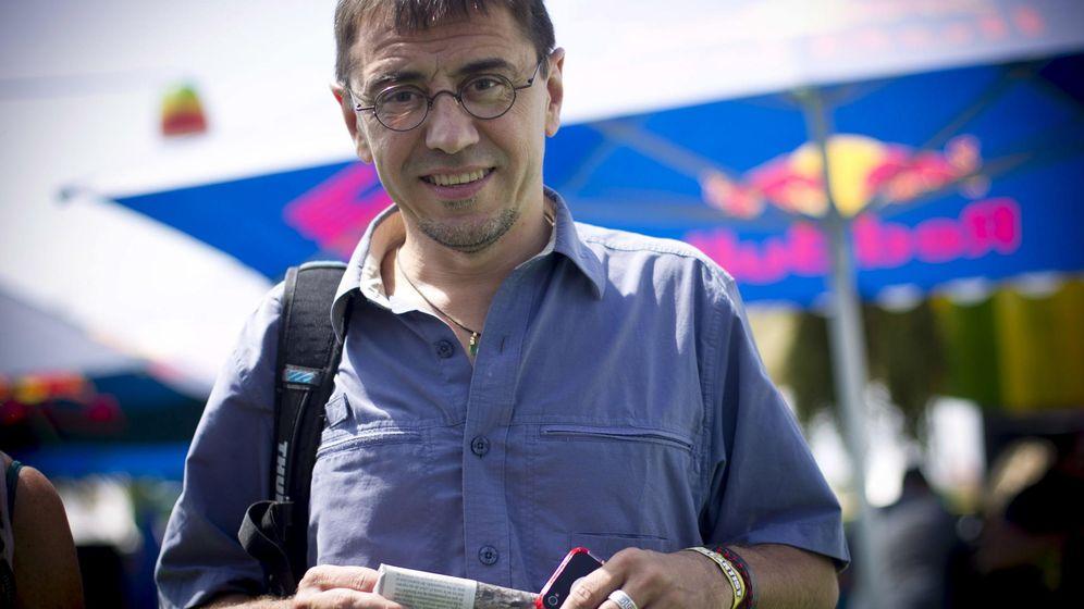 Foto: Juan Carlos Monedero, de Podemos,  en el festival Rototom (EFE/Domenech Castelló)
