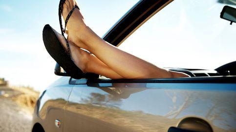 ¿Pueden multarte por conducir un coche con chanclas? Esto dice la DGT
