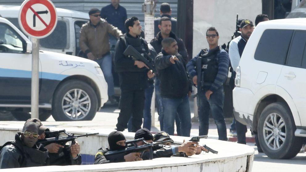 Matanza en Túnez: mueren 17 turistas, entre ellos un español