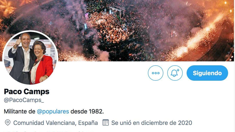 El perfil de Camps, con Rita Barberá y la foto del mitin de la Gürtel de 2008 en Valencia.