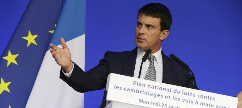 Foto: El ministro del Interior francés, Manuel Valls, durante una rueda de prensa en París. (Reuters)