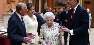 Post de Esperando a Kate: la duquesa se resiste a enfrentarse a Letizia