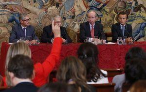 El Rey prefería operarse en EEUU frente a la tesis de Spottorno de escoger España