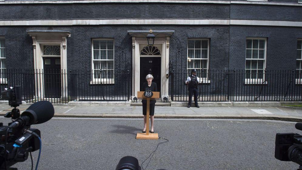 Foto: Comparecencia de prensa de Theresa May en Downing street. (Reuters)