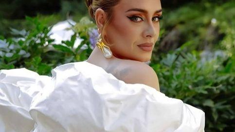 El look 10 de Adele con el que presumir de novio (y sex appeal) en una boda