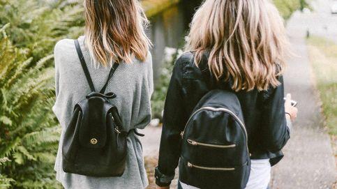 La preciosa mochila antirrobo de Misako es ideal para ir en metro o autobús de forma segura