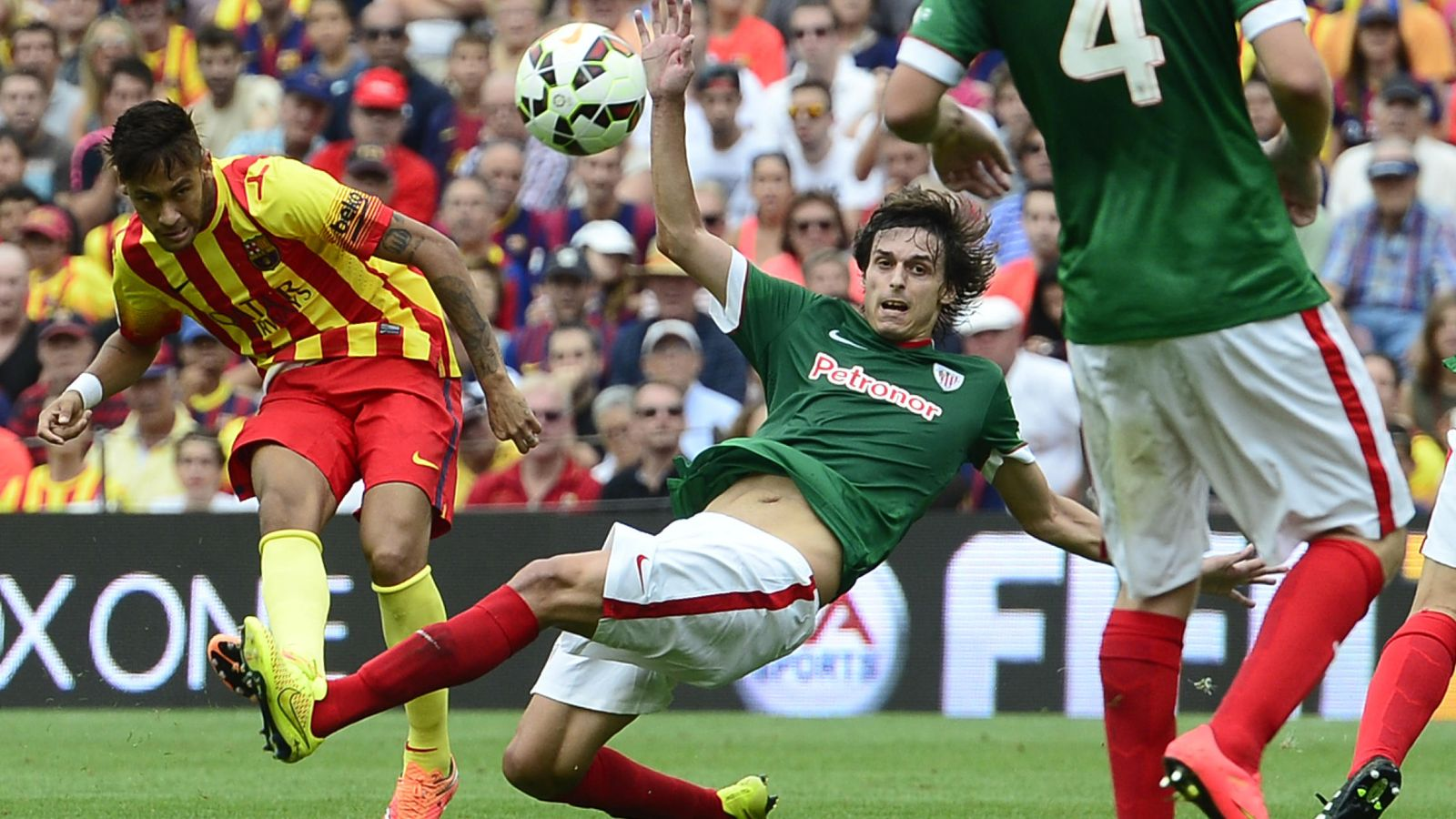 Euroliga de Baloncesto  Barça y Athletic habrían pedido no llevar los  colores de la bandera de España en la final fd6eec88a6e85