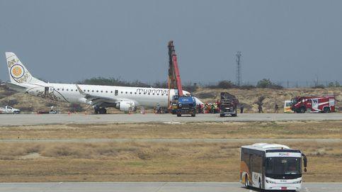 Un avión aterriza de emergencia sin ruedas delanteras en Birmania