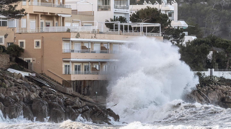 Los temporales marítimos están aumentando de intensidad en Baleares (EFE)