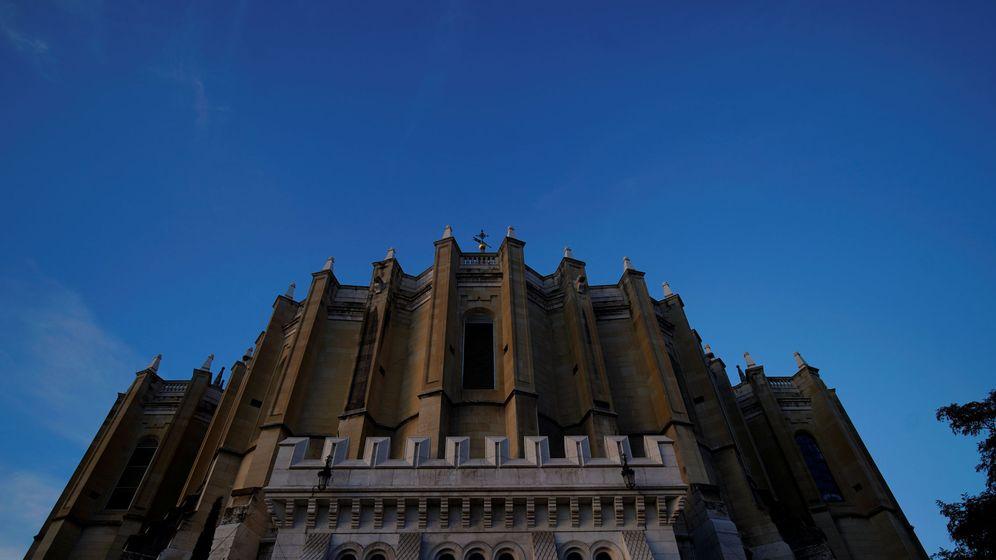 Foto: La catedral de la Almudena, en el centro de Madrid, el pasado 25 de octubre. (Reuters)