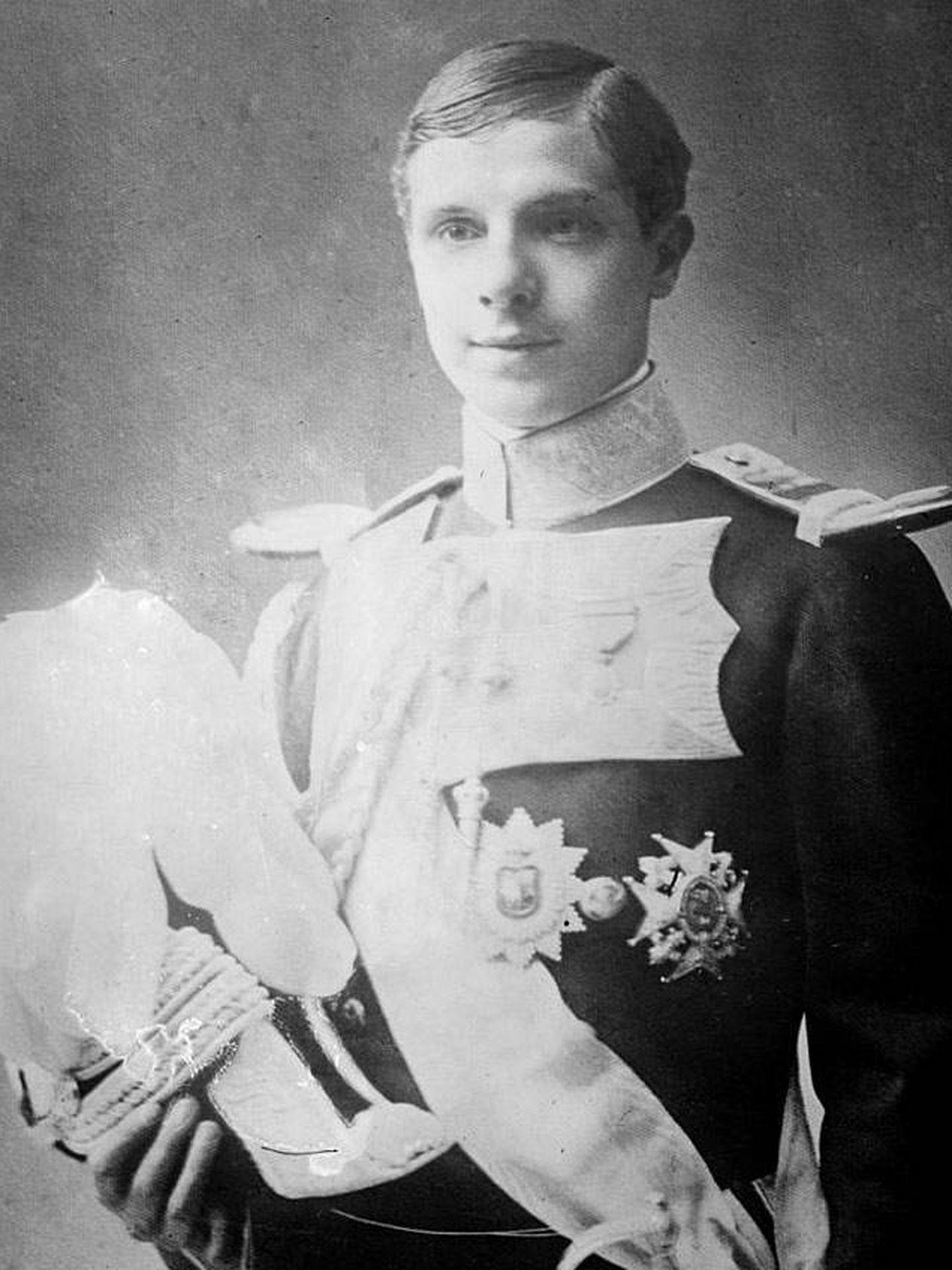 Infante Luis Fernando de Orleans.