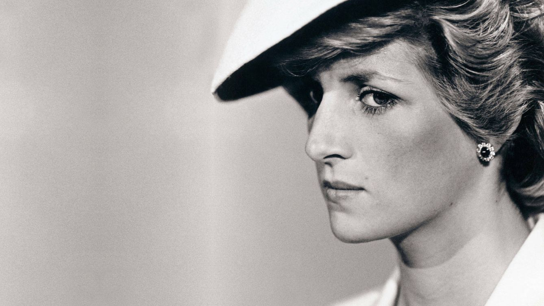 Descifrando a Diana en su 60 aniversario: hablamos con 4 personas que conocieron a la princesa