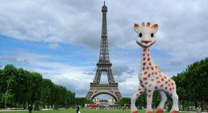 Foto: Sophie, la jirafa de juguete que dio la vuelta al mundo