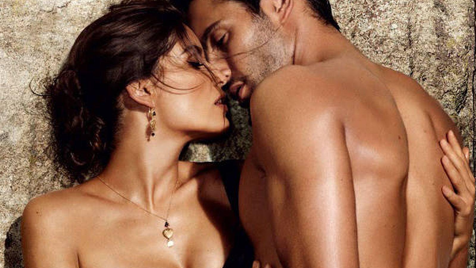 Foto: Perfumes sensuales para subir la temperatura este verano. (Imagen: Dolce & Gabbana)