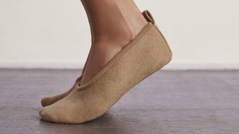 Zapatillas calcetín de cachemira de Massimo Dutti