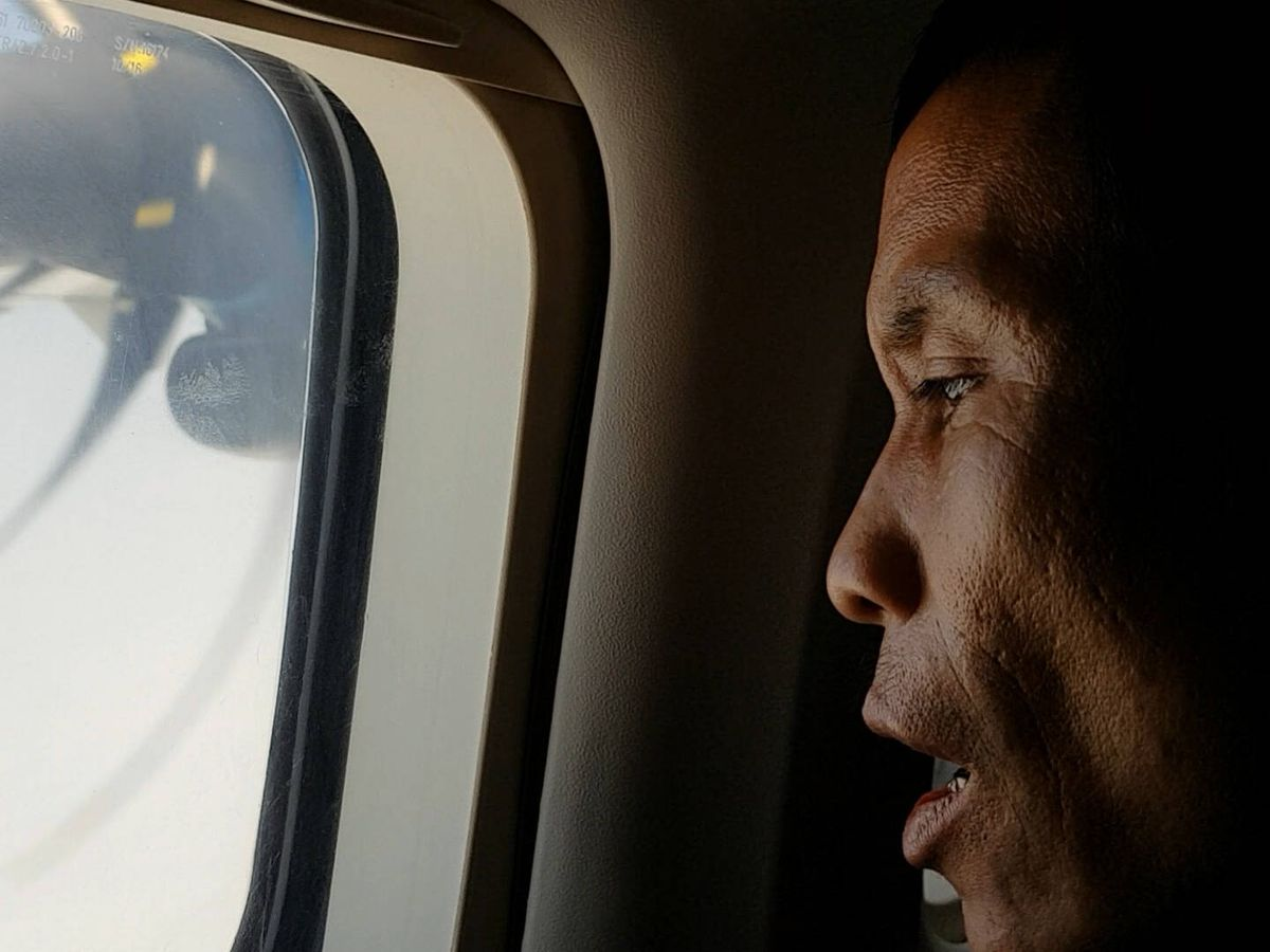 Foto: La primera vez en un avión de Lang. (Álvaro Cerezo)