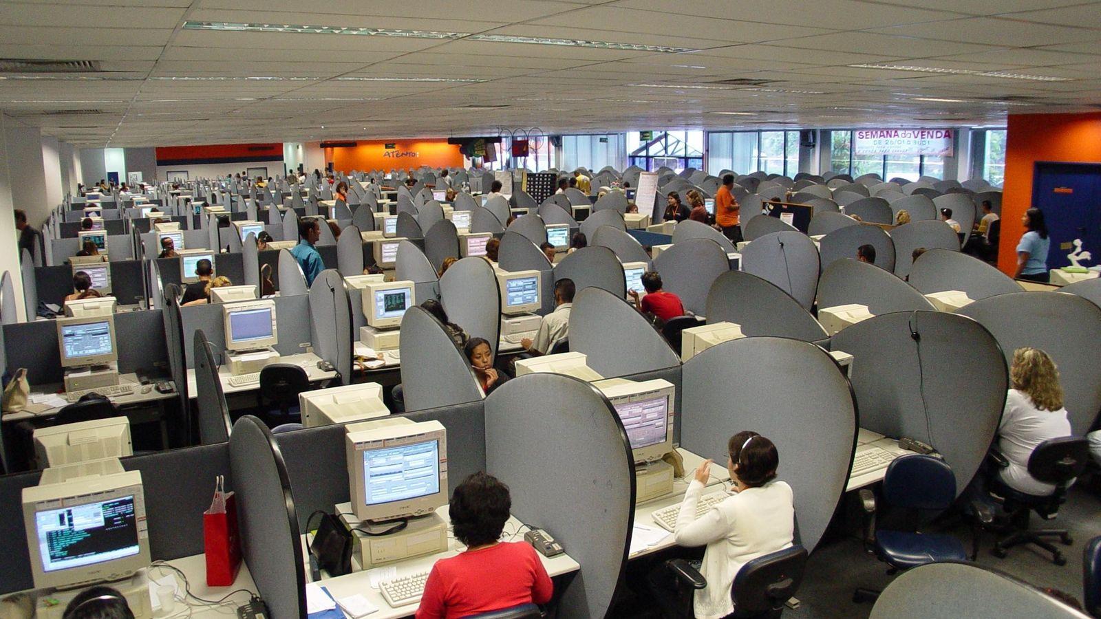 Foto: Los 'contact center' en España dan trabajo a unas 68.000 personas.
