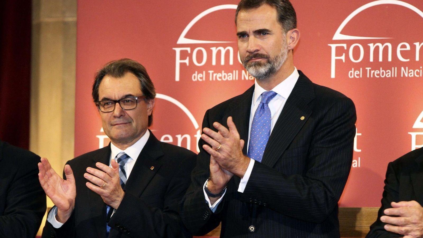 Foto: El Rey Felipe VI junto al presidente de la Generalitat Artur Mas en una fotografía de archivo. (Efe)