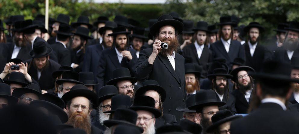 Foto: Una manifestación a favor de la comunidad ortodoxa en Israel celebrada ante la sede del Consejo Europeo en Bruselas. (Reuters)