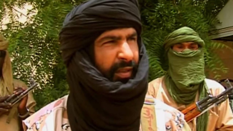 Al Sahraui, cuando era portavoz del Muyao, en un vídeo emitido por Al Jazeera.