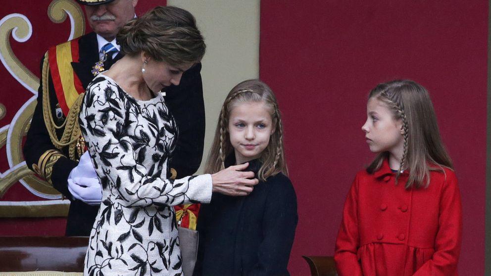 Doña Letizia, Leonor y la infanta Sofía: tres 'Borbones' de incógnito por Madrid