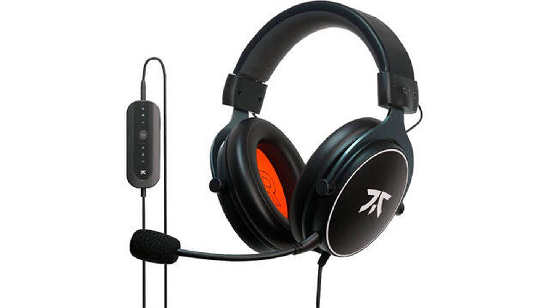 Auriculares Fnatic React  con sonido envolvente 7.1