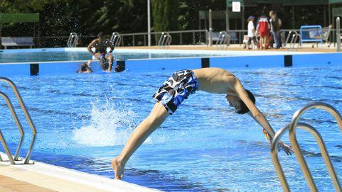 """""""La hostia está asegurada"""": España no hace nada ante los resbalones en piscinas"""