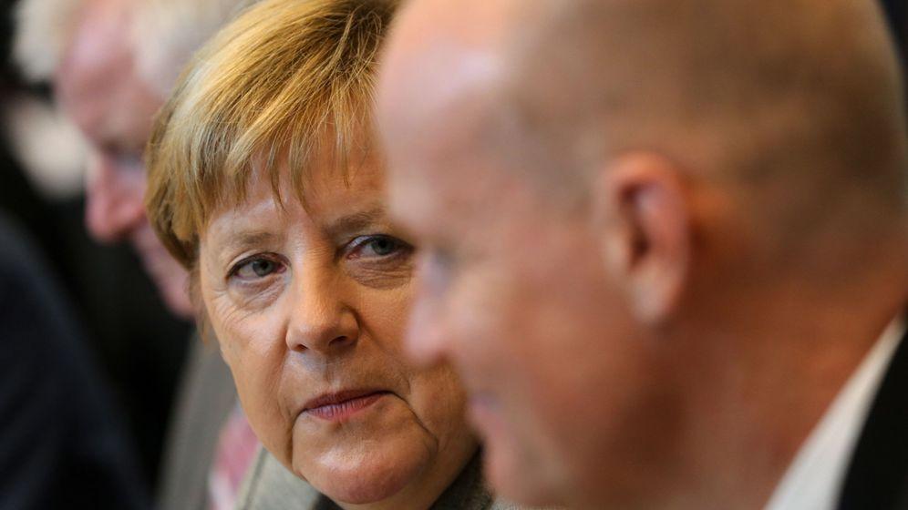 Foto: Merkel en la reunión de la coalición conservadora en Berlín (EFE)