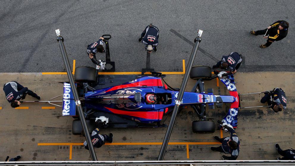 El  nuevo Toro Rosso de Carlos Sainz: de momento, la bella no es una bestia