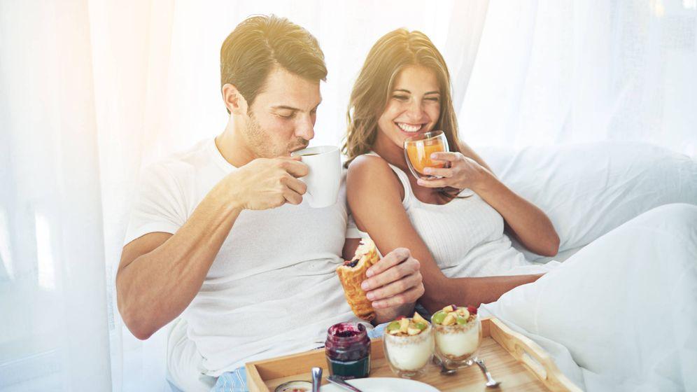 Foto: Desayunar en la cama puede no ser una mala idea. (iStock)