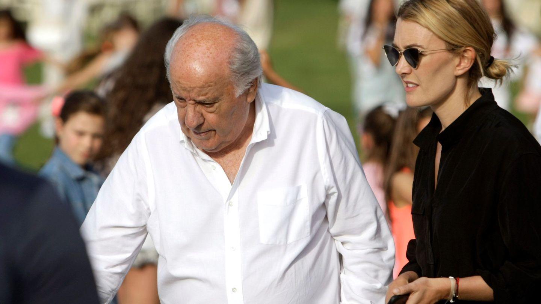 Amancio Ortega, con su hija Marta. (EFE)