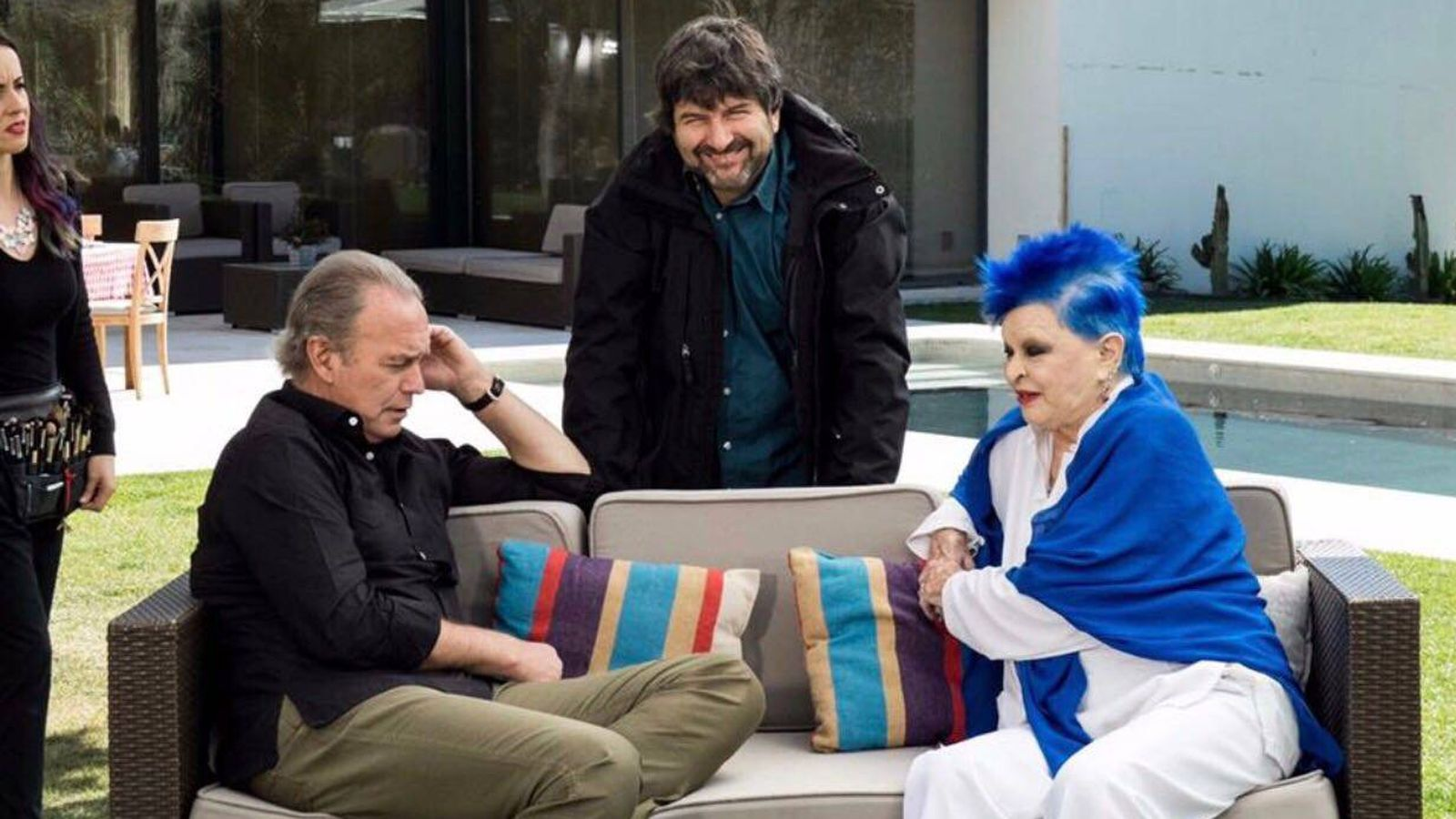 Foto: Seli Martínez, realizador de 'Mi casa es la tuya', con Bertín y Lucía Bosé.