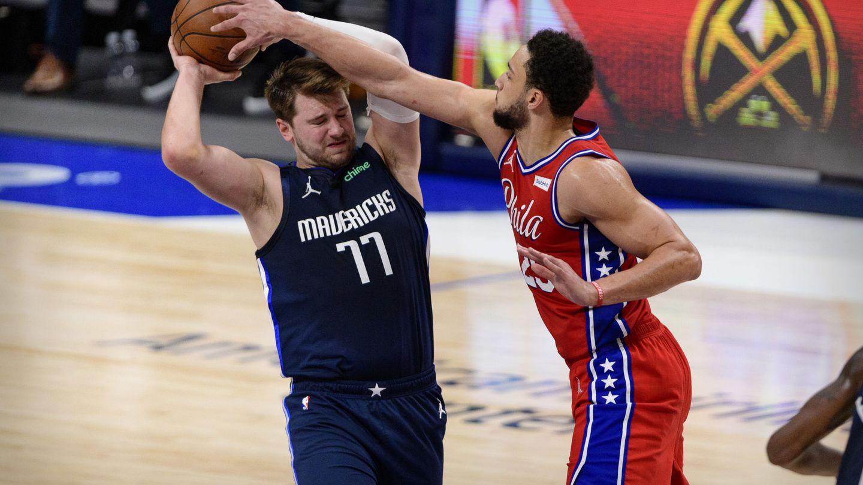 Doncic y los 76ers de Simmons el pasado 12 de abril. (Jerome Miron/USA TODAY Sports)